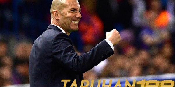 Zidane Akui Bosan Terus Mendengar Komentar Negatif Tentang Madrid