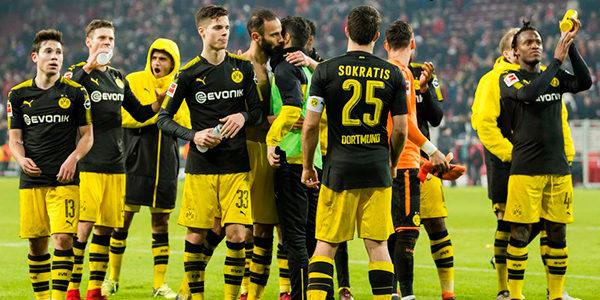 CEO Dortmund Tegaskan Akan Rombak Skuat Jika Masih Merosot