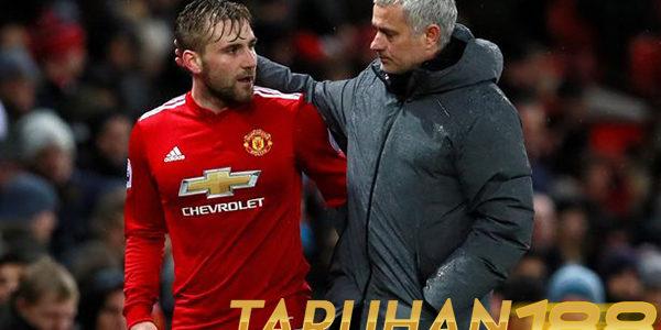 Shaw Kembali Dipercaya Mourinho Hingga Janjikan Kontrak Baru