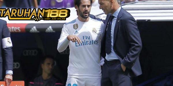 Zidane Bantah Rumor Soal Dirinya yang Tidak Menginginkan Isco Lagi