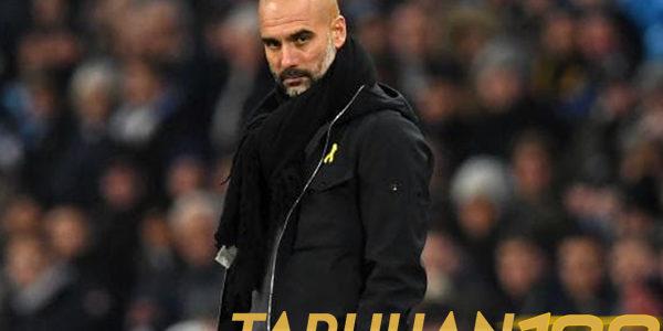 FA Jatuhi Hukuman Denda pada Guardiola Terkait Pita Kuning