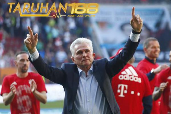 Heynckes Beri Penghormatan Pada Ancelloti Usai Kunci Gelar Juara Liga