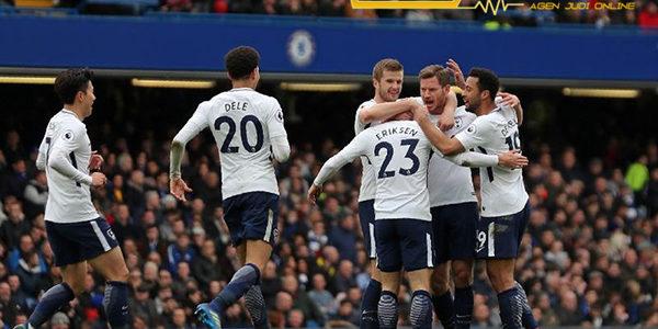 Kane Sebut Juara Piala FA Jadi Musim Sukses Untuk Tottenham