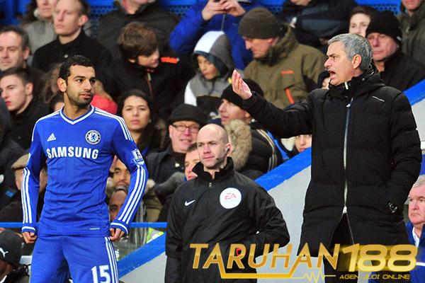 Mourinho Berikan Penjelasan Terkait Chelsea Menjual Salah
