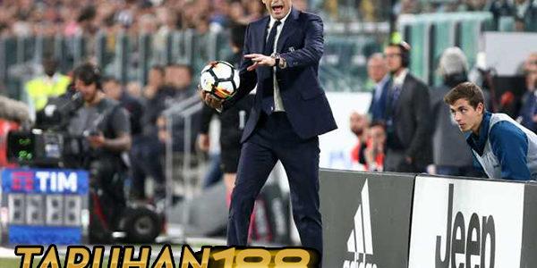 Allegri Sebut Juventus Buat Susah Diri Sendiri Kontra Bologna