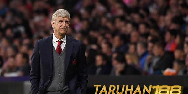 Arsenal Gagal Berikan Perpisahan Indah Untuk Arsene Wenger