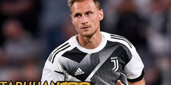 Hoewedes Berharap Juventus Dapat Menangkan Scudetto Musim Ini
